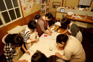 天然酵母パン教室の様子