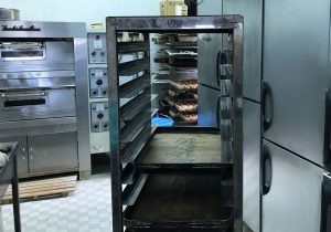 ポニー食品の工場